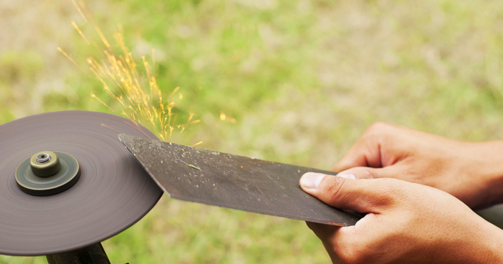 Sharpen The Blade Lawn Mower