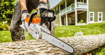 Best Battery Powered Chainsaw Reviews 2021 - The Complete Buying Guide